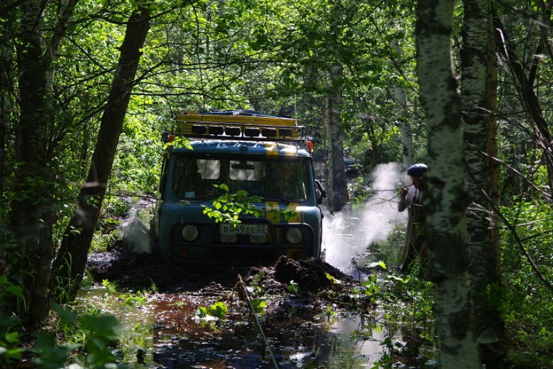 Offroad car trips